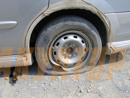 Что делать если лопнуло колесо и нет запаски